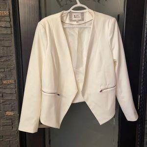 Woman's white blazer